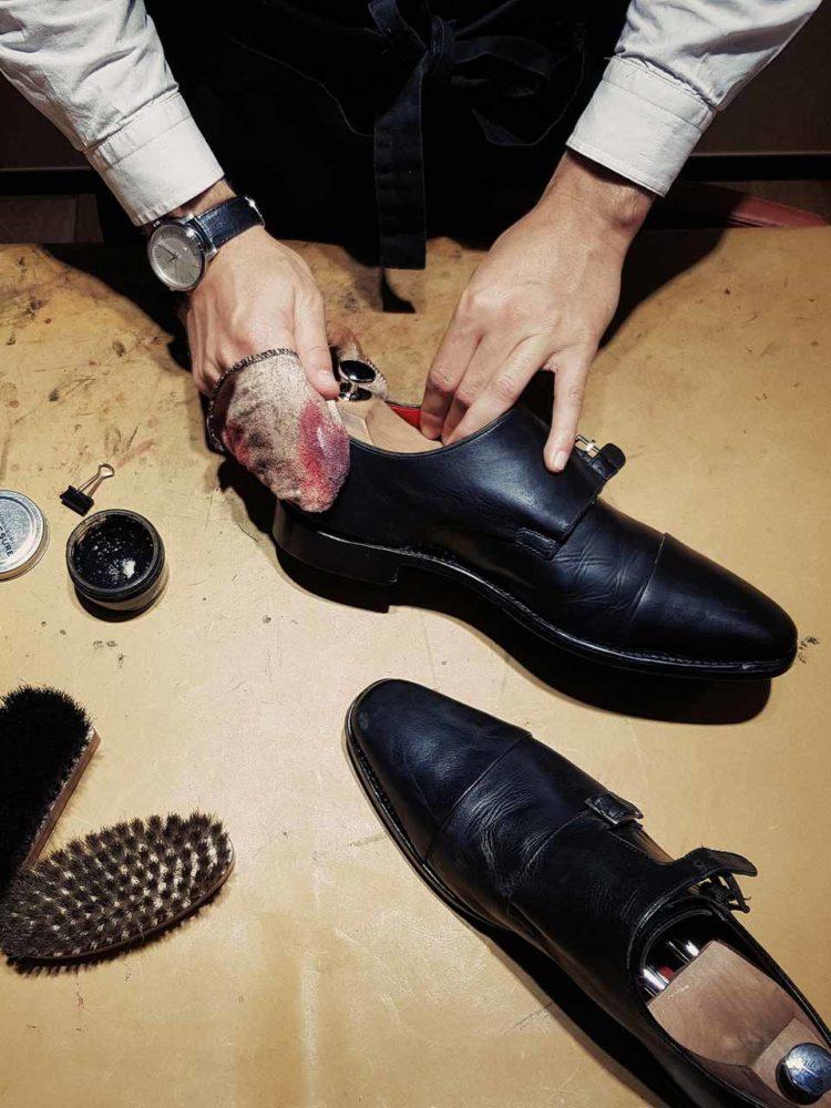 Services de cordonnerie Monsieur Chaussure