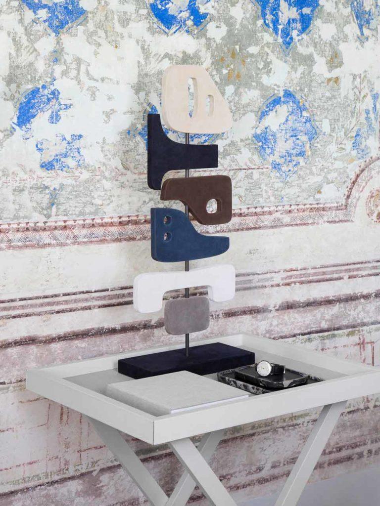 Tabou détourne le cuir en sculpture., Giobagnara