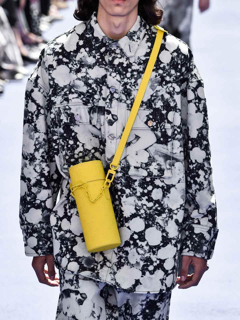 Sac en cuir petit format défilé homme Louis Vuitton printemps-été 2019