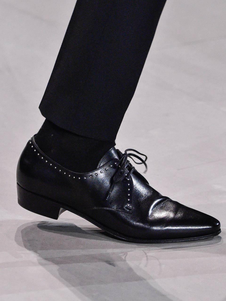 Vitesses La Chaussure Secteur À Le En Marche Italie Deux De 7gY6ybf