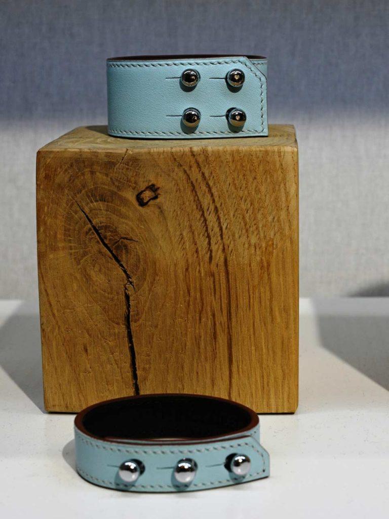Bracelet Jet en cuir de veau orné de boutons cartouchières