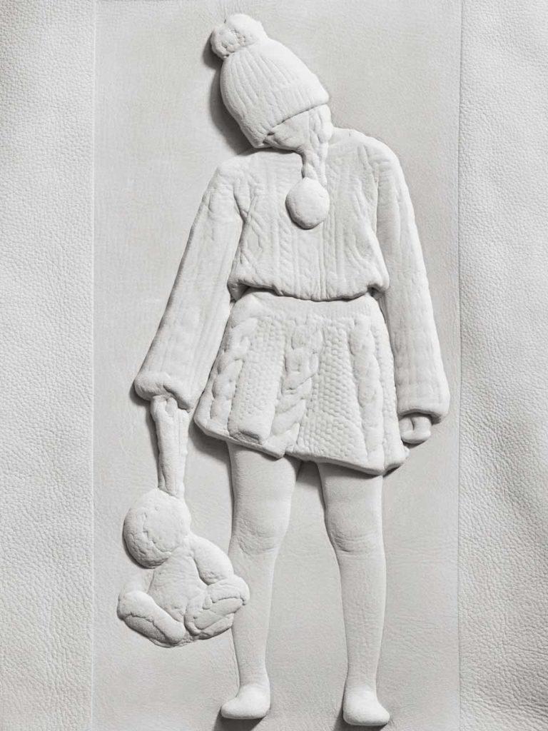 bas-reliefs sur cuir création Julie Simon