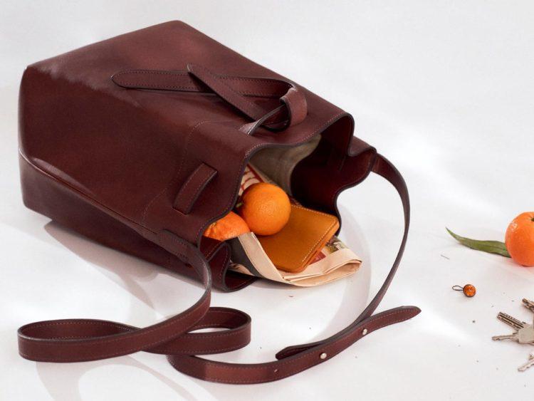 Laperruque sac seau