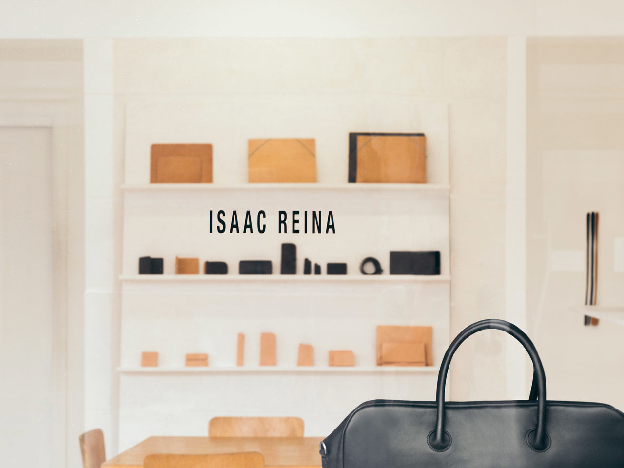 Isaac Reina, maroquinerie luxe et design - Leather Fashion Design (LFD)