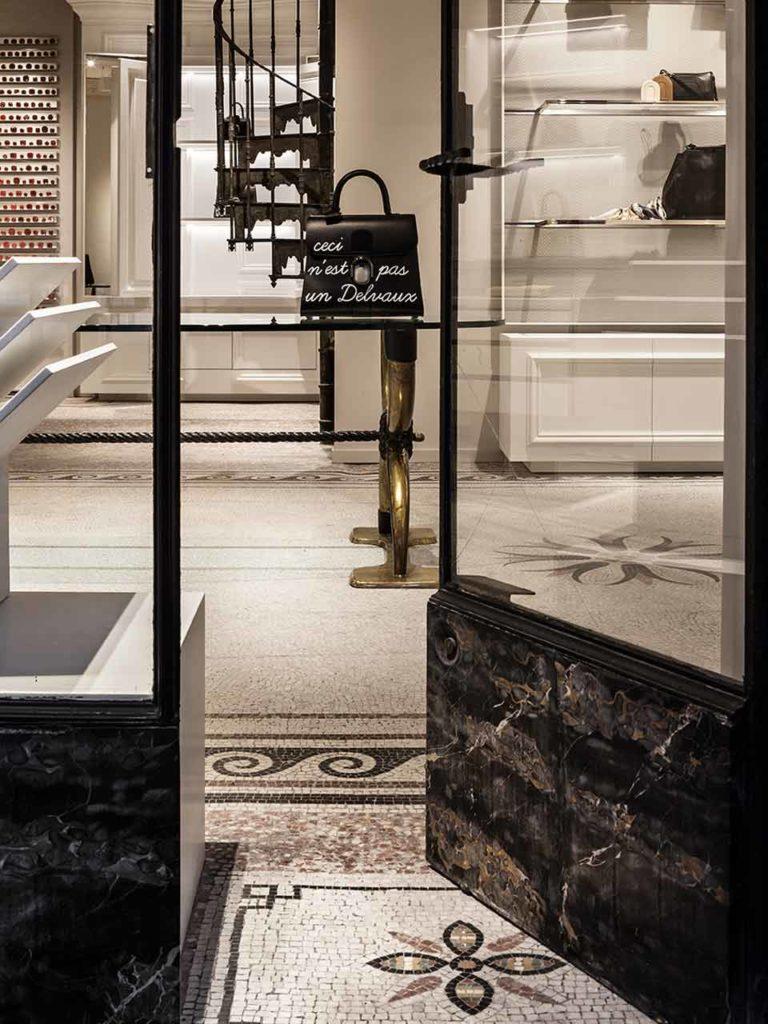 Delvaux boutique Paris