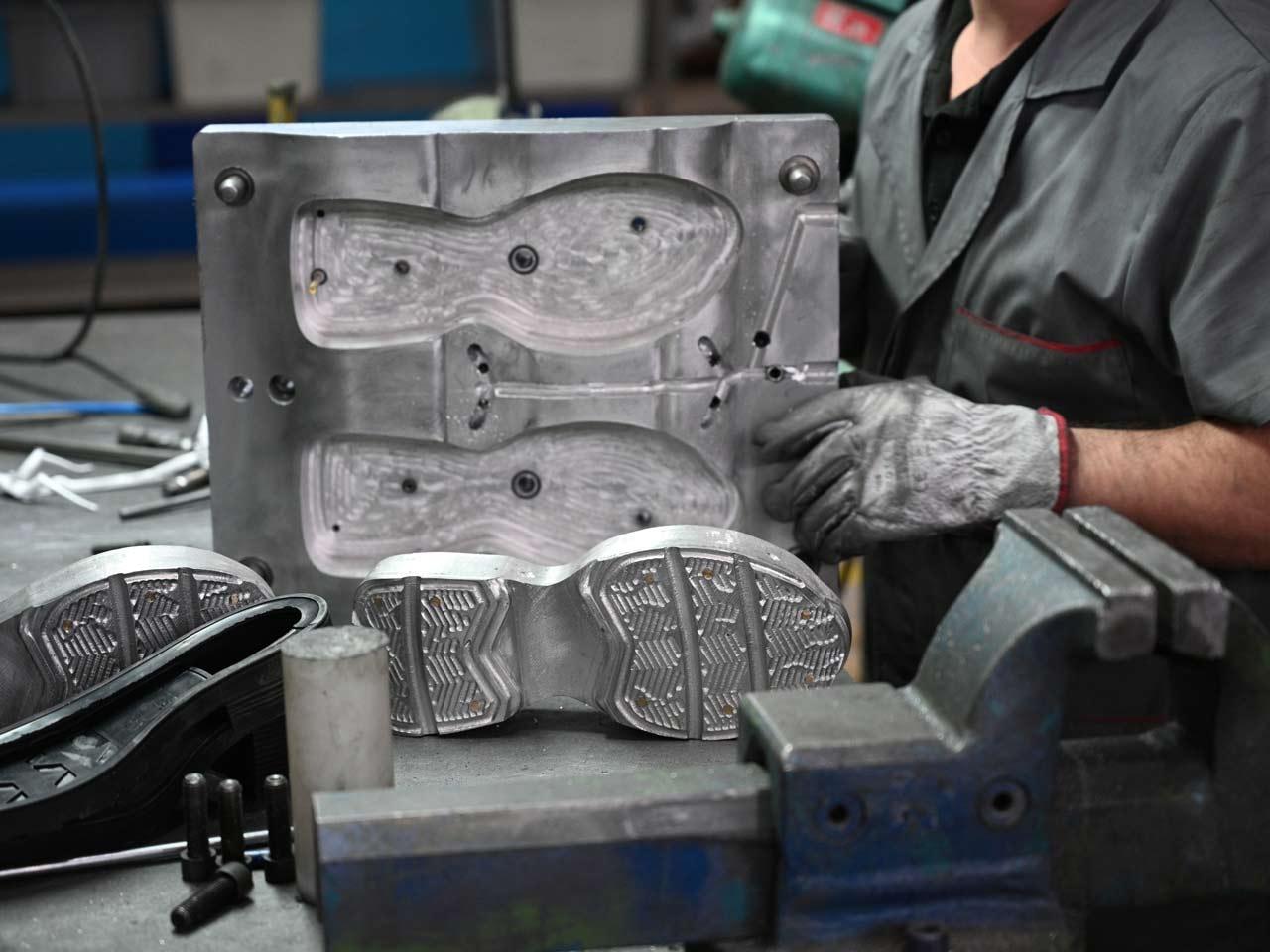 Moule de semelle Bolflex, fabricant de chaussures à Porto