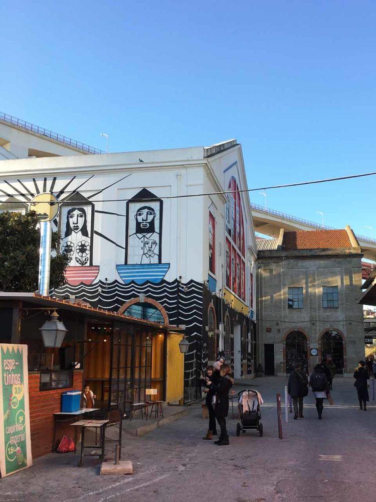 Le quartier village de la LX Factory à Lisbonne
