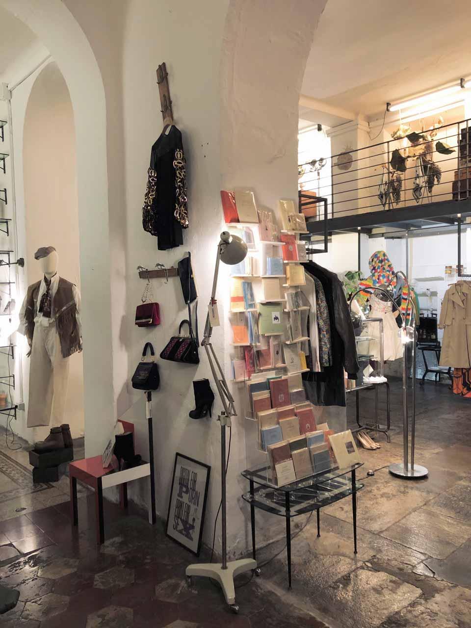 Intérieur concept-store The Cloister