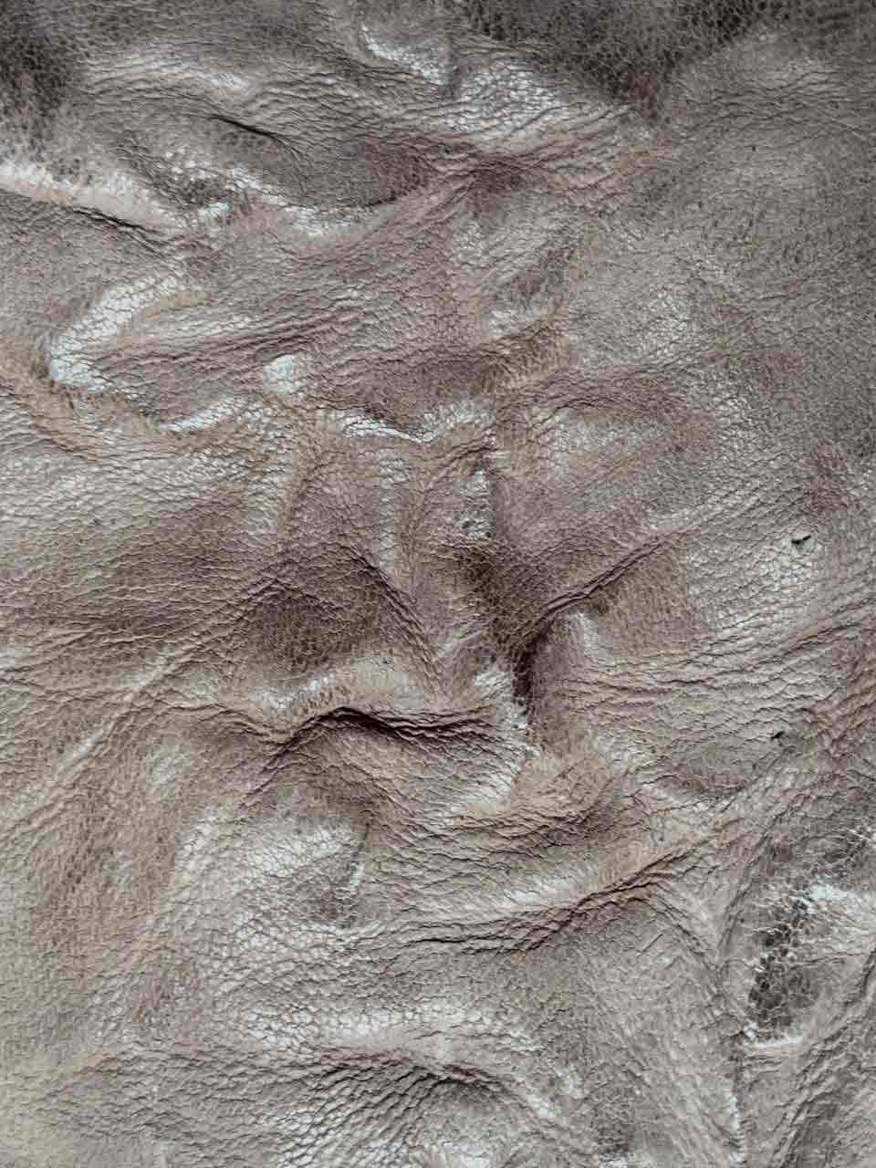 cuir façon papier froissé A BIESSEUNO