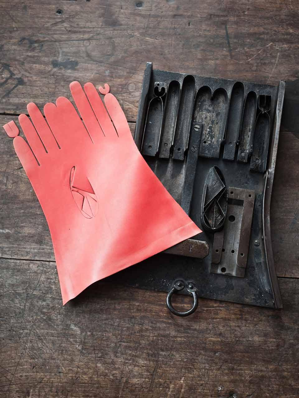 3 agnelle découpe gants