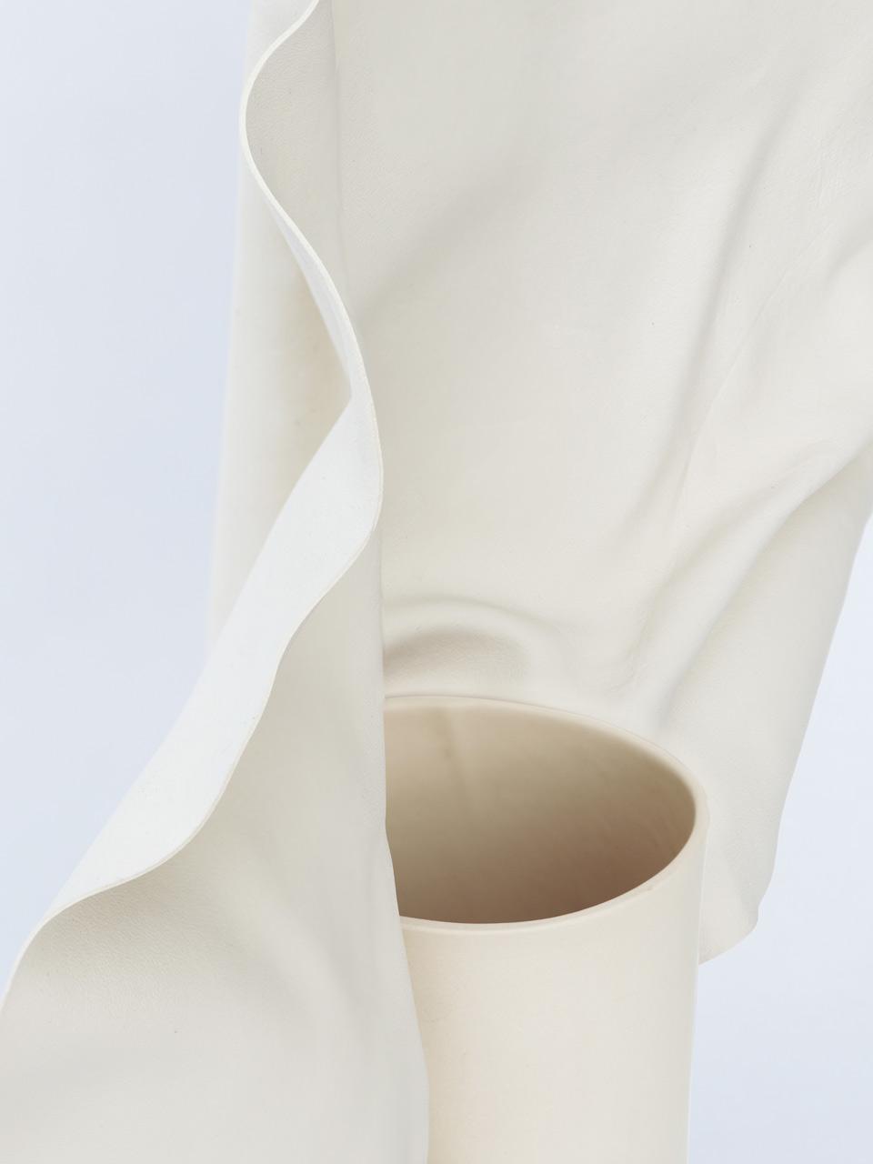 Studio Foam vase Carnations détail