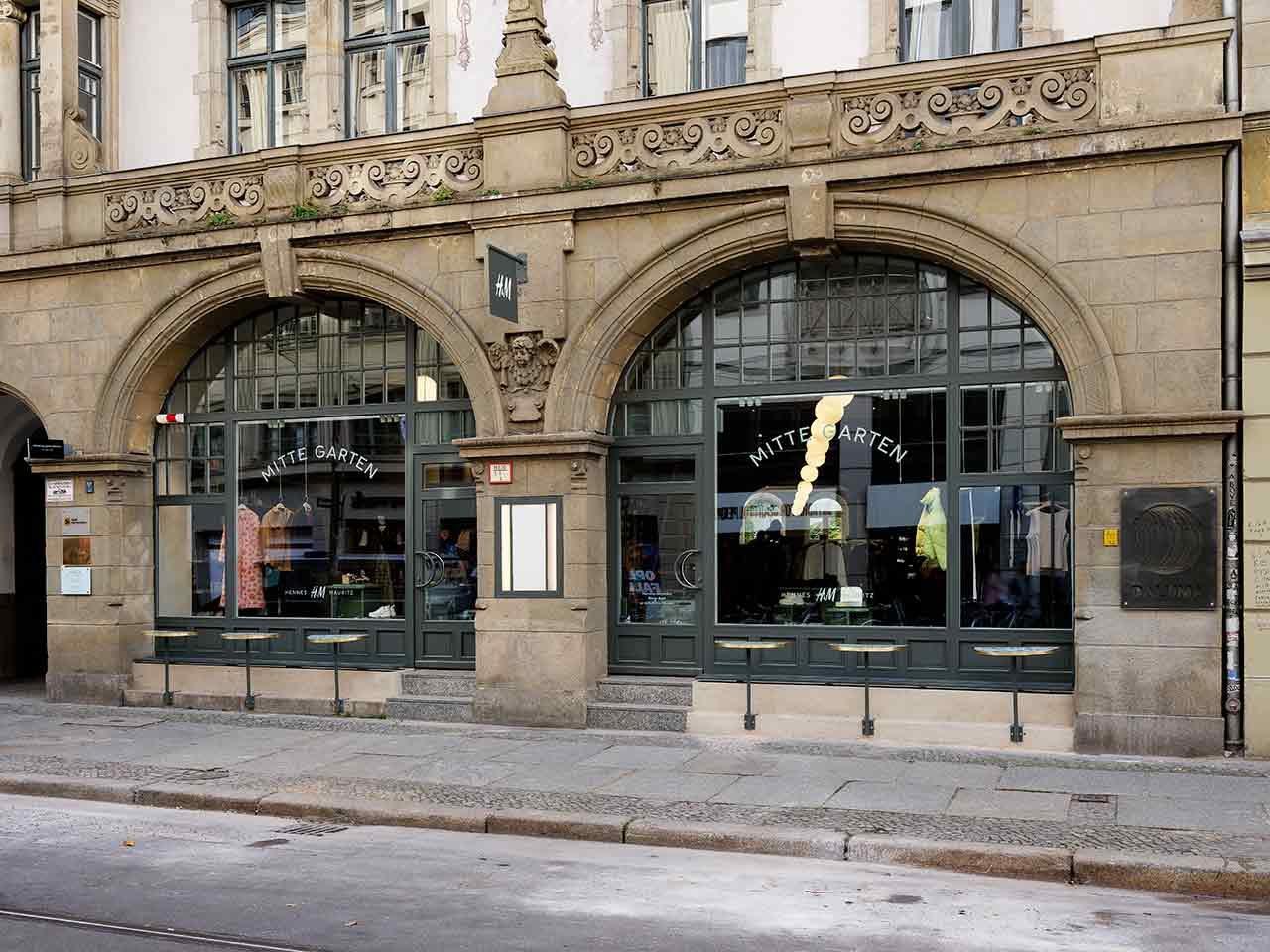 H&M MitteGarten concept store