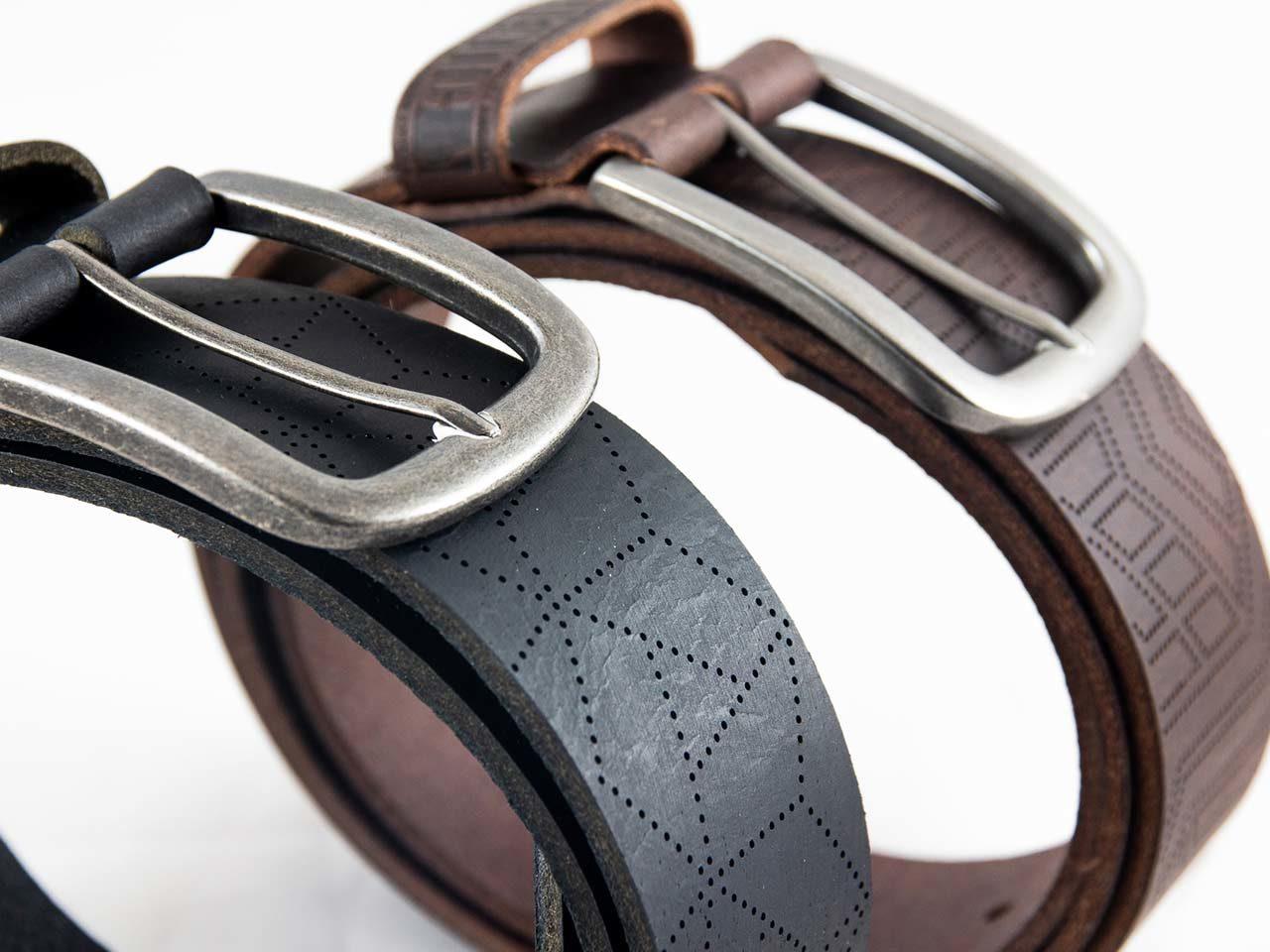 Delta Neo bracelets montre cuir perforé