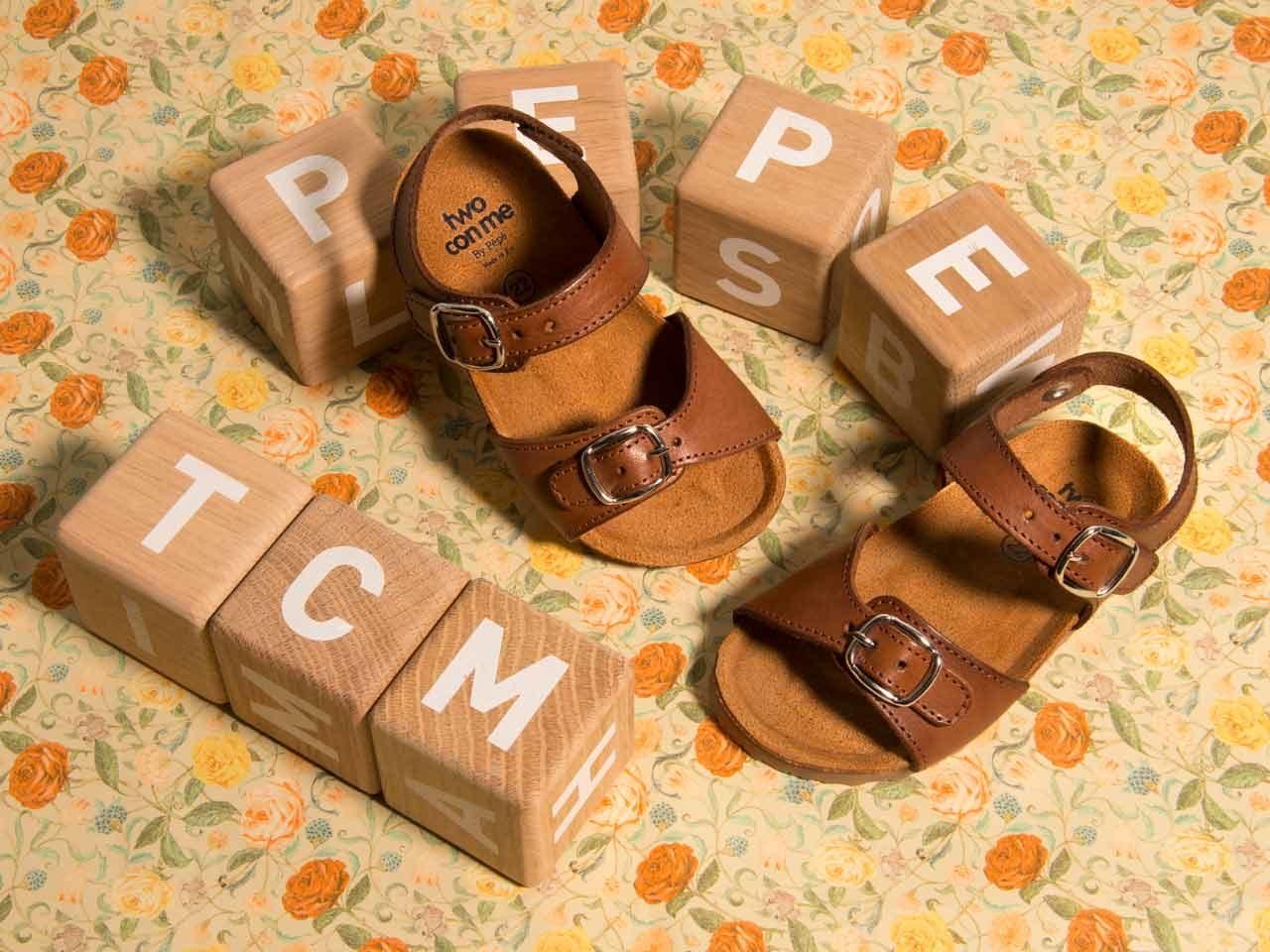 Tu Con Me footwear nu pieds cuir
